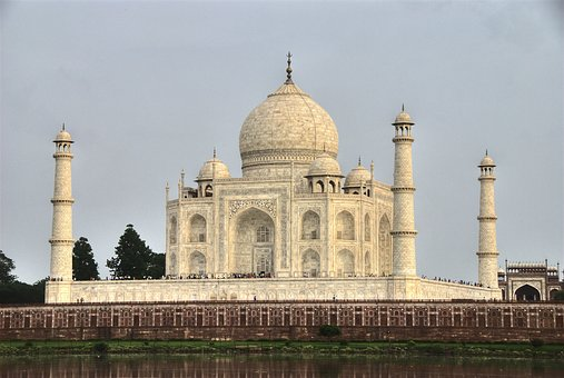 golden-triangle-tour-with-agra